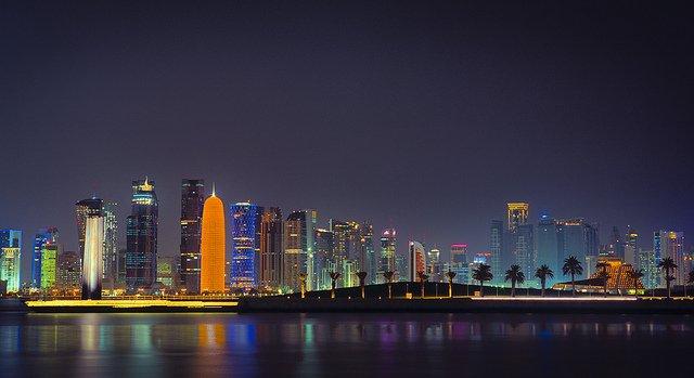 Жить и работать в Катаре