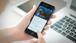 Read more about the article Facebook экспериментирует с новыми способами переводов